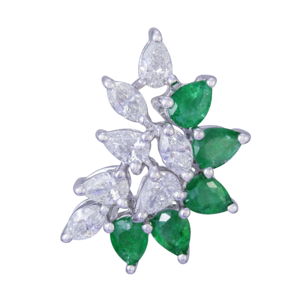 18kt white gold with white diamond & emeralds