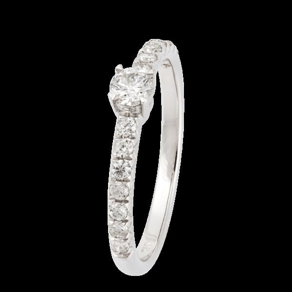 18kt white gold / white & black diamond ring